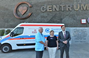 Samochód do transportu sanitarnego preparatów żywieniowych od Fundacji Orlen